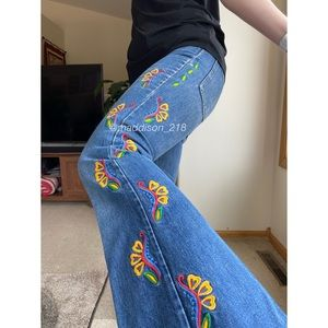 LEVIS Vintage Flare Embroidered High Rise Jeans